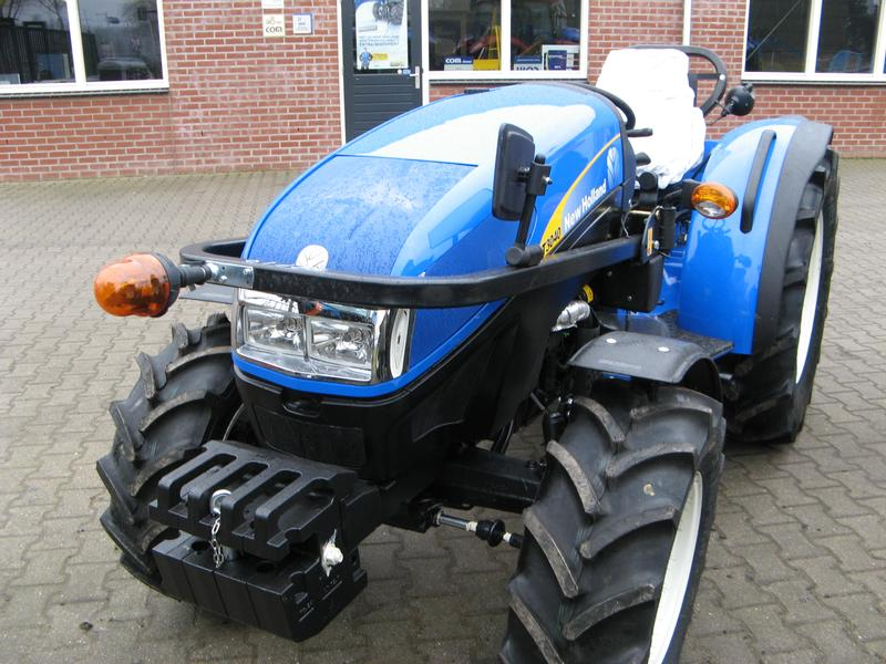 New Holland T 3030