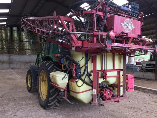 Hardi 1999  MEGA LPZ 1200 TRACTOR MOUNTED SPRAYER C/W 1200L TANK, 20M BOOM,INDUCTION,WASH, HC2500 RATE GOVERNOR