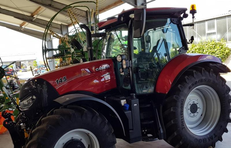 Case IH MAXXUM 145 MC 8DRIVE