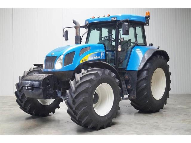 New Holland NH T7540
