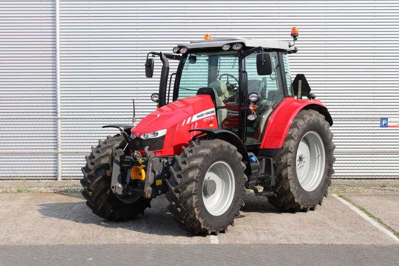 Massey Ferguson 5713 SL Dyna-4 Efficient