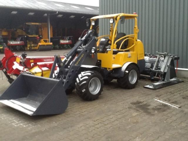 Eurotrac Mini-shovel mini-loader W12