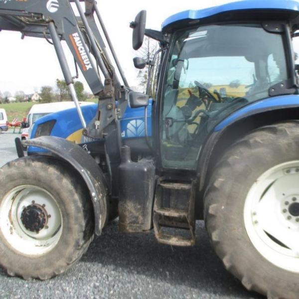 New Holland TSA115DT