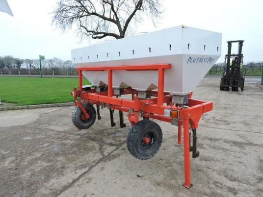 Overige Techneat Engineering Fertilser hopper
