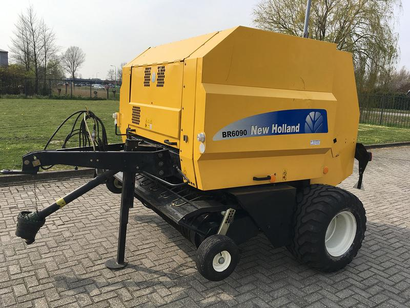 New Holland BR6090 Superfeed