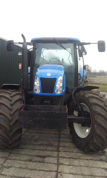 New Holland TSA 130