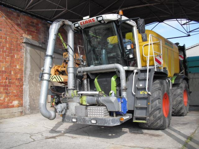 Claas Xerion 3300 Saddle Trac