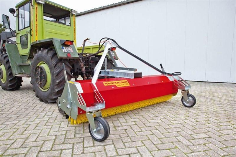 Westermann Optimal 2300 Veegmachine