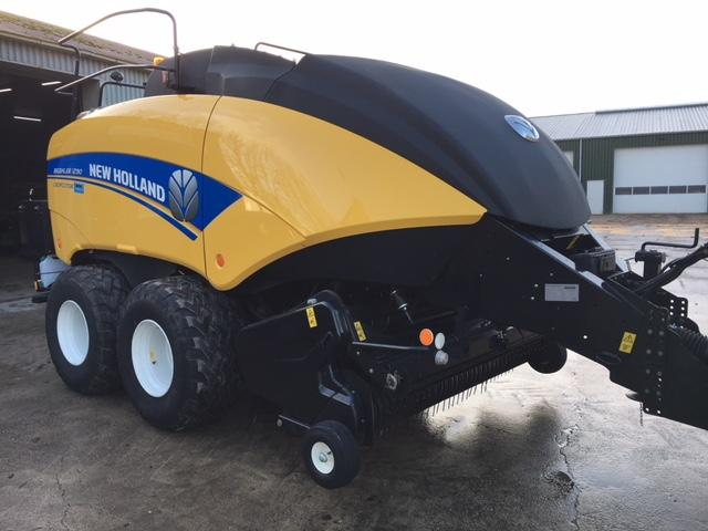 New Holland GROOTPAKPERS BB1290