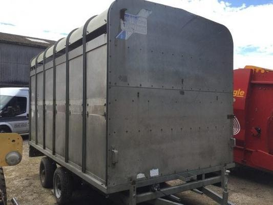 Ifor Williams  DP120 12 FT LIVESTOCK TRAILER