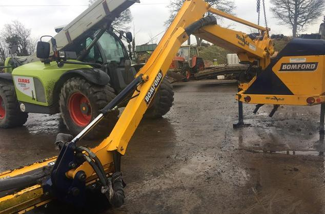 Bomford Falcon 5.5P c/w1.2m head, EPP controls