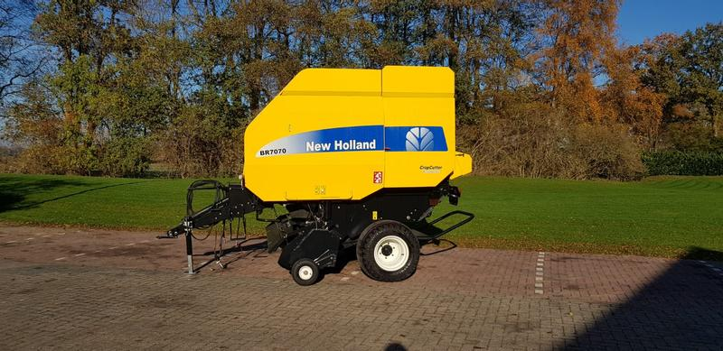 New Holland BR 70 70