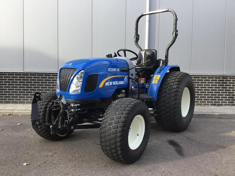 New Holland Boomer 50 ROPS